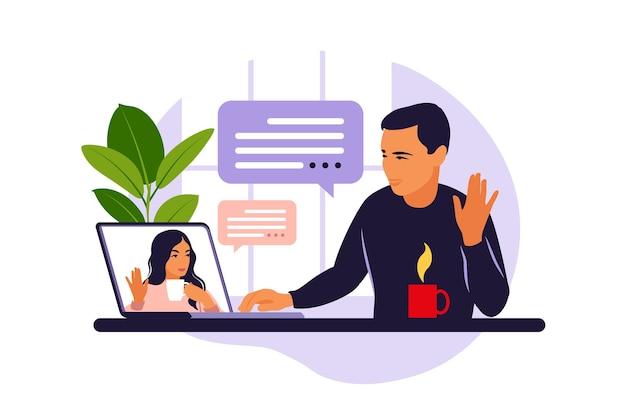 Homem usando videoconferência no computador. homem na área de trabalho conversando com um amigo online. videoconferência, trabalho remoto, conceito de tecnologia. ilustração vetorial Vetor Premium