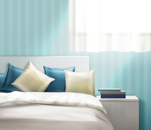 Ilustração de almofadas limpas bege e azul marinho e roupa de cama na cama em uma sala clara com mesa de cabeceira no fundo da parede listrado. Vetor Premium