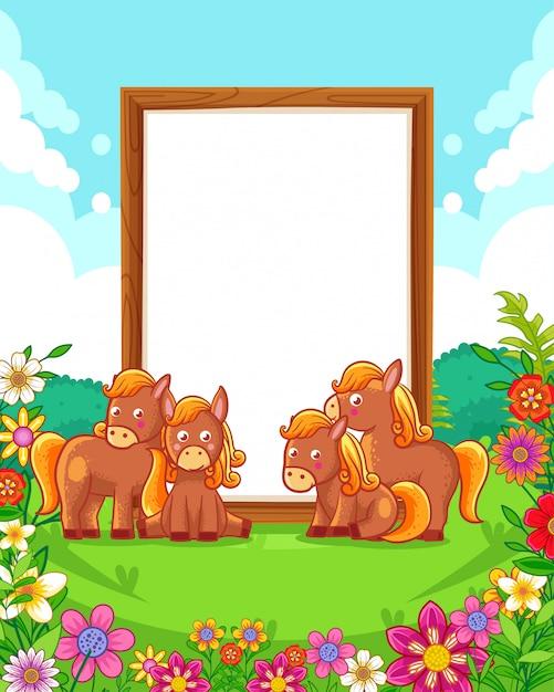 Ilustração em vetor de cavalos bonitos com sinal em branco de madeira no parque Vetor Premium