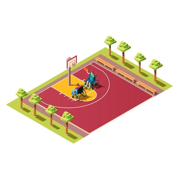 Jogadores de esportes com bola, pessoas com deficiência. composição isométrica com dois inválidos em cadeira de rodas, jogando basquete no campo de atletismo, ilustração em fundo branco. Vetor grátis