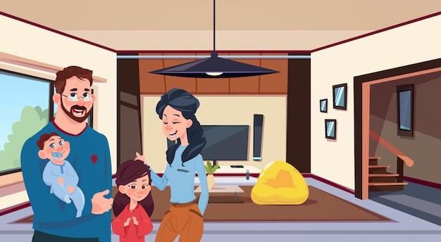 Jovens pais de família com duas crianças na moderna sala de estar em casa Vetor Premium