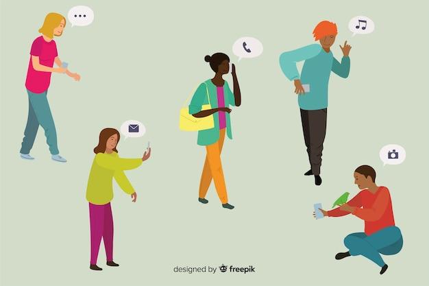 Jovens segurando smartphones Vetor grátis