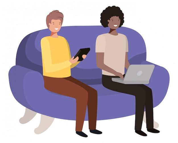 Jovens sentados no personagem de avatar de sofá Vetor Premium