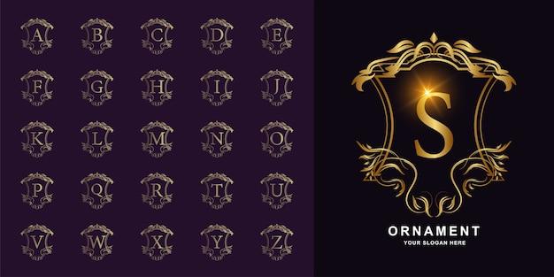 Letra s ou alfabeto inicial de coleção com modelo de logotipo dourado moldura floral ornamento de luxo. Vetor Premium