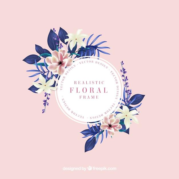 Linda moldura floral com estilo realista Vetor grátis