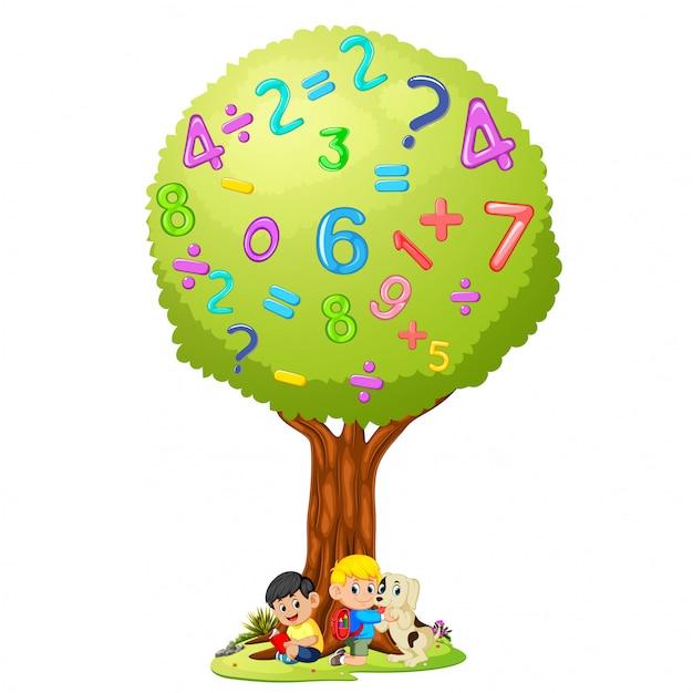Livro de leitura do menino sob o número da árvore Vetor Premium