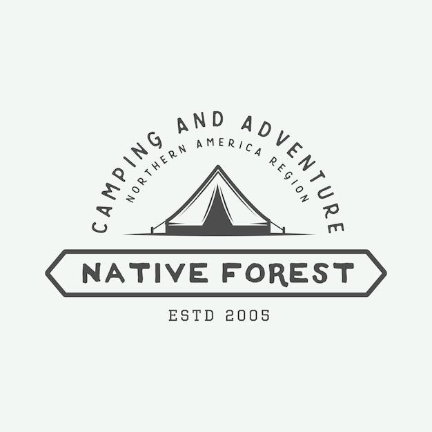 Logotipo ao ar livre de acampamento Vetor Premium