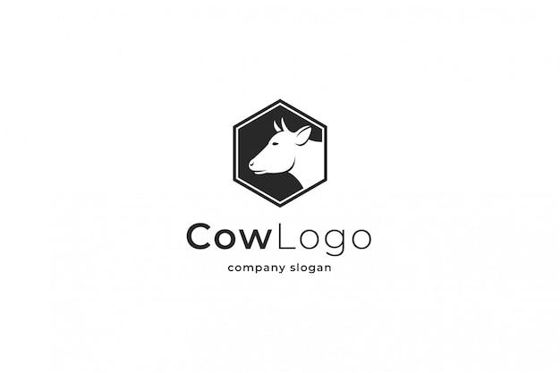 Logotipo da vaca Vetor Premium