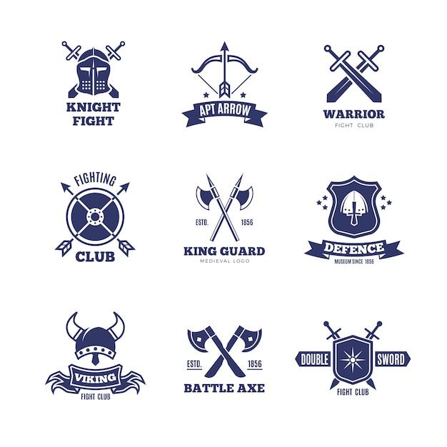 Logotipos de espada e escudo de guerreiro vintage. emblemas de vetor de cavaleiro. logotipos de brasão heráldica Vetor Premium