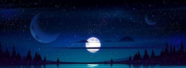 Lua cheia no céu noturno com estrelas e nuvens acima das árvores e lago refletindo a luz das estrelas Vetor grátis