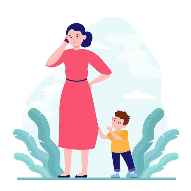 Mãe falando ao telefone enquanto caminha com o filho ao ar livre Vetor grátis
