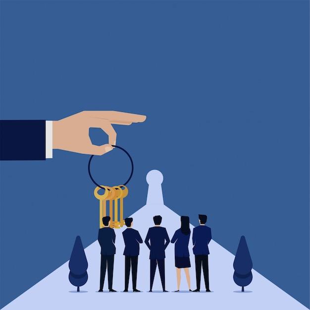 Mão de conceito plana de negócios segurar chaves e equipe ver metáfora da fechadura da decisão. Vetor Premium