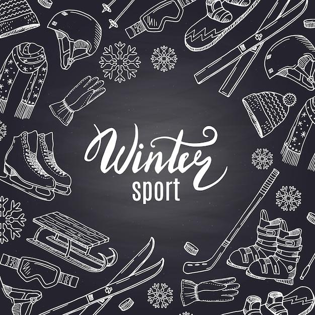Mão desenhada equipamento desportivo de inverno e atributos no quadro negro Vetor Premium
