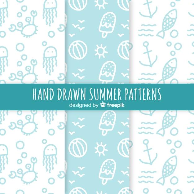 Mão, desenhado, verão, padrão, cobrança Vetor grátis