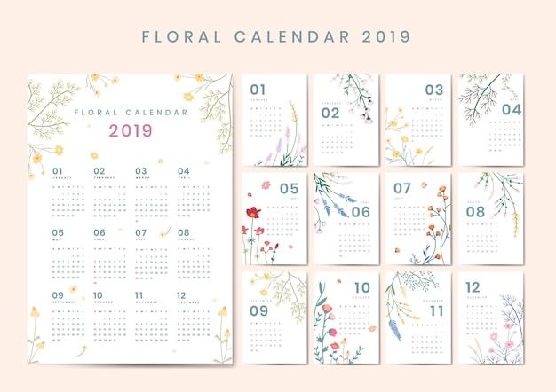 Maquete de calendário floral Vetor grátis