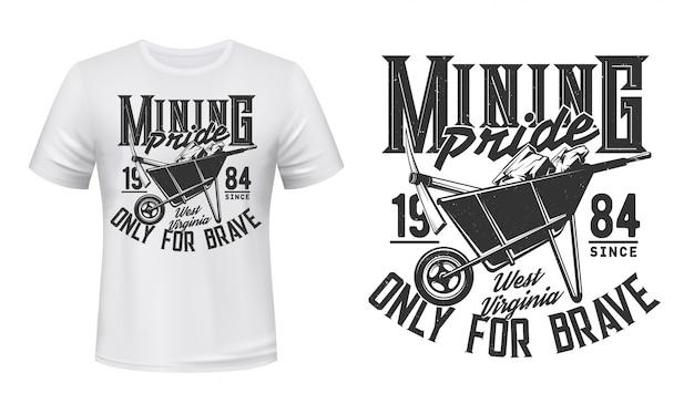 Maquete de vetor com impressão de camiseta de mineração, mineiro de carvão Vetor Premium