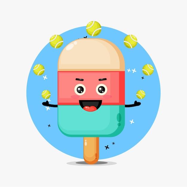 Mascote de sorvete fofo jogando bola de tênis Vetor Premium