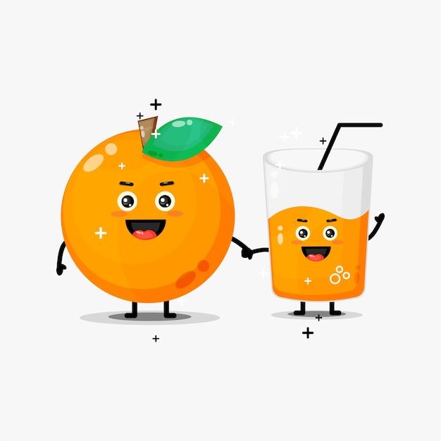 Mascote fofo de laranja e suco de laranja de mãos dadas Vetor Premium