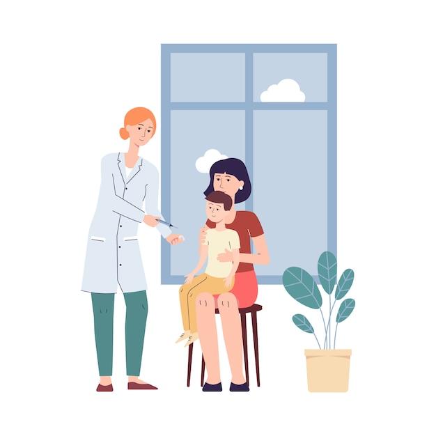 Médica dando vacina a criança com o pai, vacinação infantil Vetor Premium
