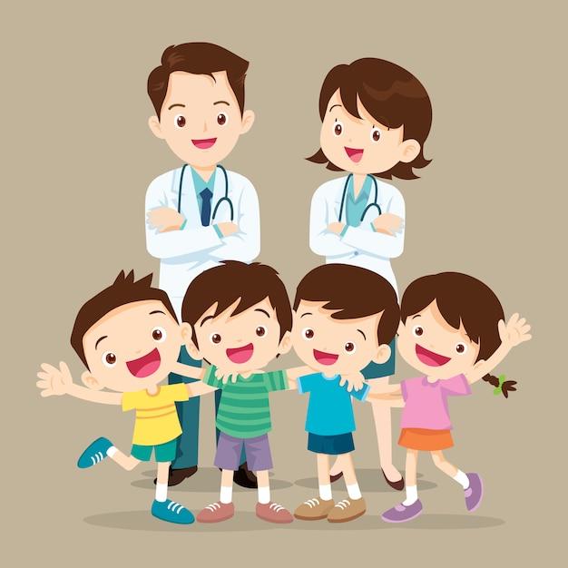 Médico e filhos bonitos felizes Vetor Premium