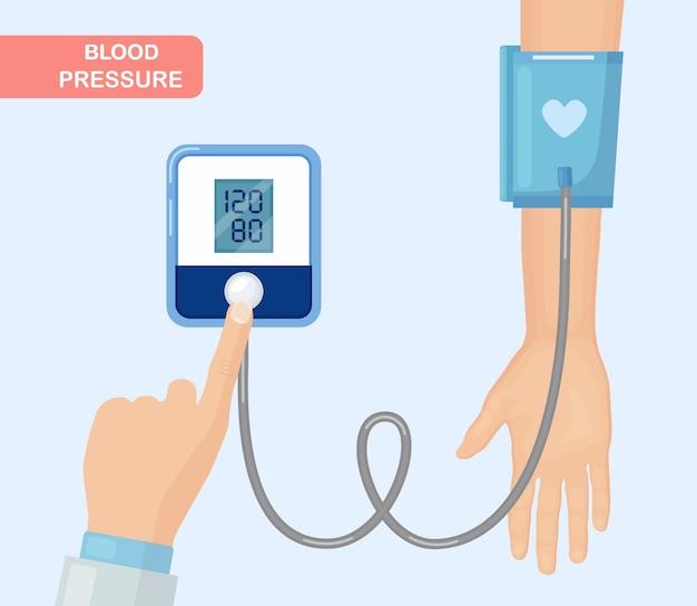 Médico medindo a pressão arterial do paciente. Vetor Premium