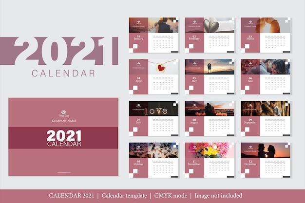 Modelo de calendário 2021 de design moderno Vetor grátis