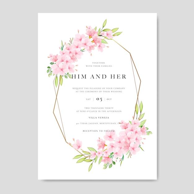 Modelo de cartão de convite de casamento com design floral cherry blossom Vetor Premium