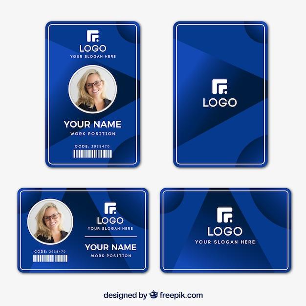 Modelo de cartão de identificação com design plano Vetor grátis