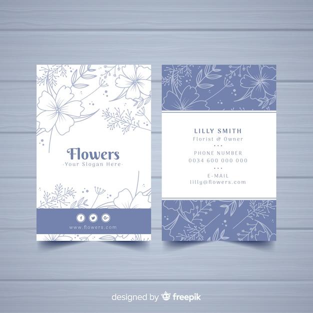 Modelo de cartão lindo com design floral Vetor grátis