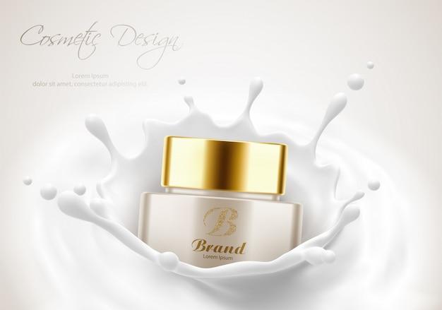 Modelo de cartaz de publicidade de produtos cosméticos, frasco de creme para a pele de beleza em respingo de leite. maquete de pacote. ilustração em vetor 3d realista Vetor Premium