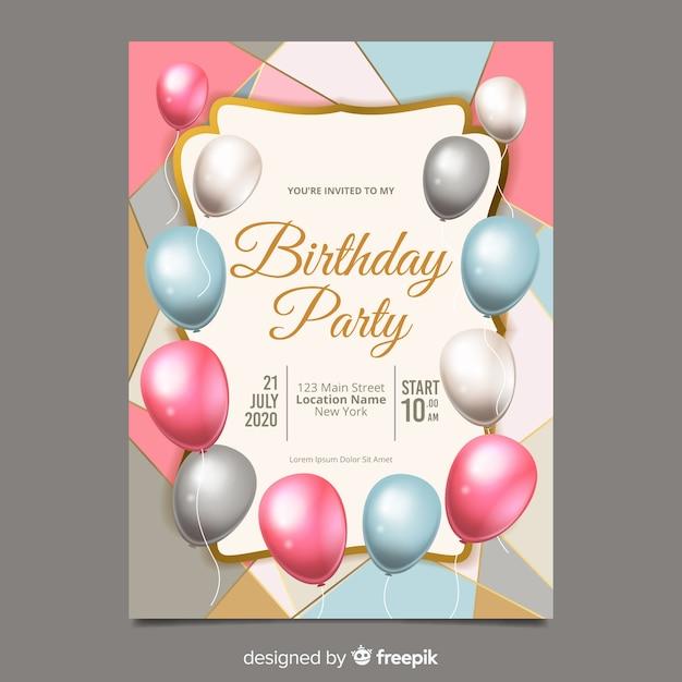 Modelo de convite de aniversário de balões realistas Vetor grátis