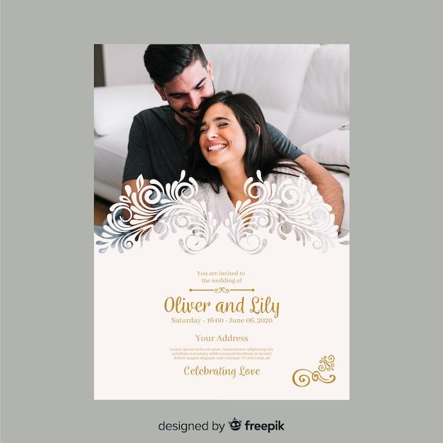 Modelo de convite de casamento bonito com foto Vetor grátis