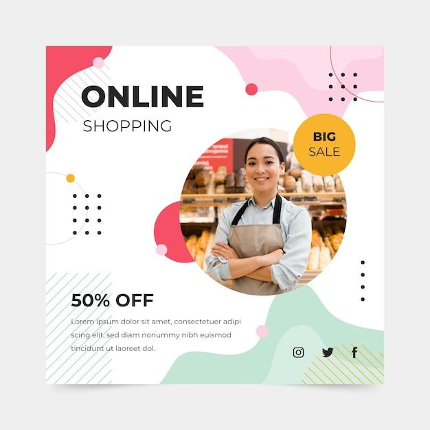 Modelo de flyer quadrado de compras online Vetor Premium
