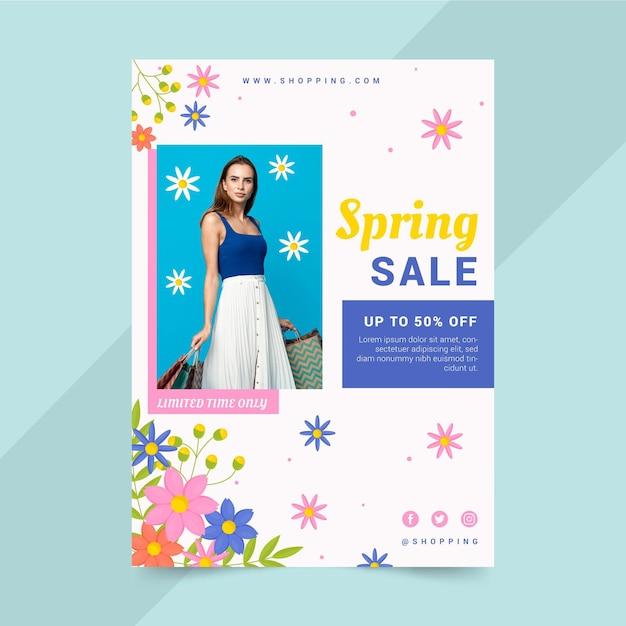 Modelo de folheto de venda de primavera desenhado à mão com foto Vetor grátis