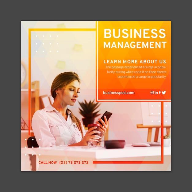 Modelo de folheto quadrado de empresária Vetor Premium