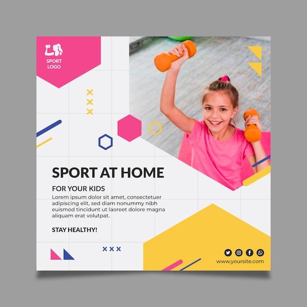 Modelo de folheto quadrado de esporte em casa Vetor grátis