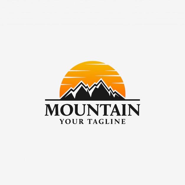 Modelo de logotipo de montanha Vetor Premium