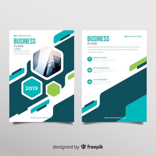 Modelo de panfleto de negócios moderno com formas abstratas Vetor grátis