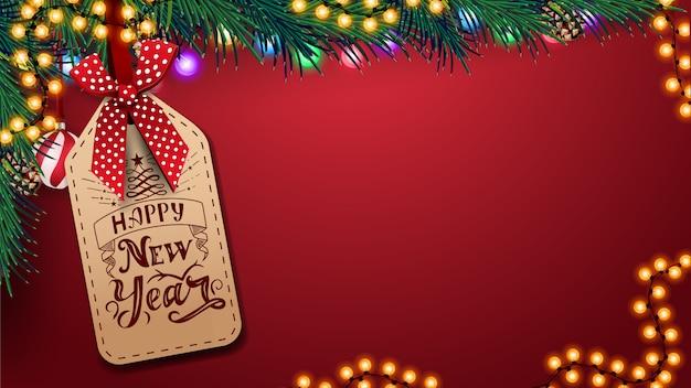 Modelo vermelho para cartão com fundo de espaço de cópia, belas letras sobre o preço, decoração de natal e guirlanda Vetor Premium