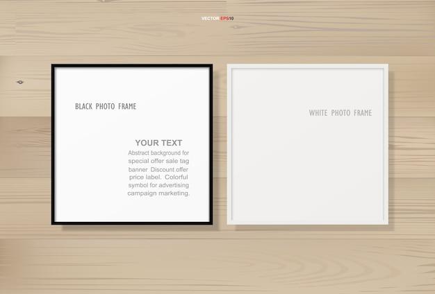 Moldura para fotos ou porta-retratos em fundo de textura de madeira Vetor Premium