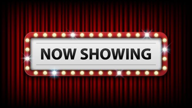 Mostrando agora com quadro de lâmpadas elétricas no fundo da cortina vermelha Vetor Premium