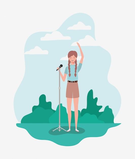 Mulher, cantando, com, microfone, personagem Vetor Premium