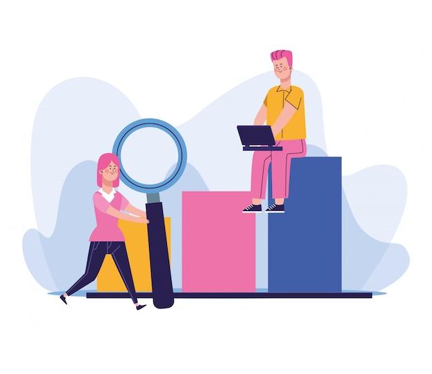 Mulher com grande lupa e homem usando um laptop sentado no gráfico de barras do gráfico Vetor Premium