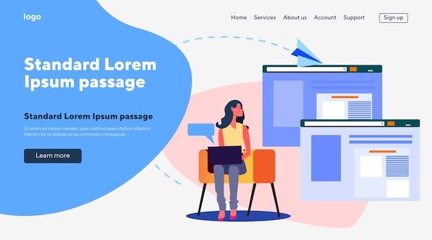 Mulher com laptop lendo sites on-line Vetor grátis