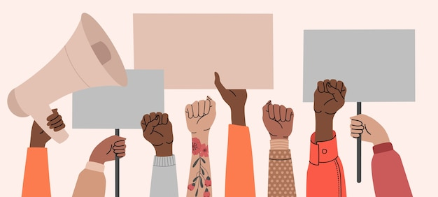 Multidão de pessoas protestando por seus direitos. segurando cartazes nas mãos. Vetor Premium