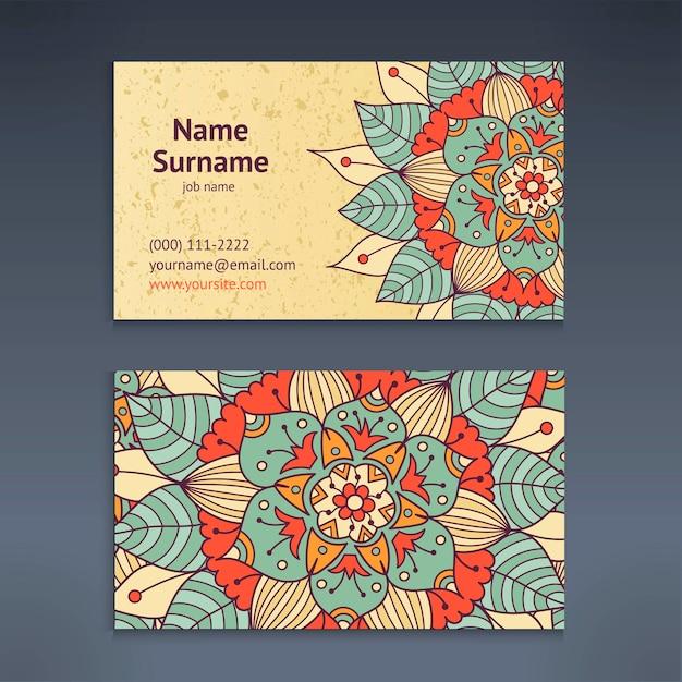 Negócios vintage e cartão de visita com padrão floral mandala Vetor Premium