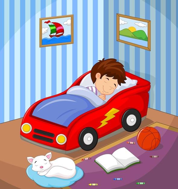 O menino estava dormindo na cama de carro Vetor Premium