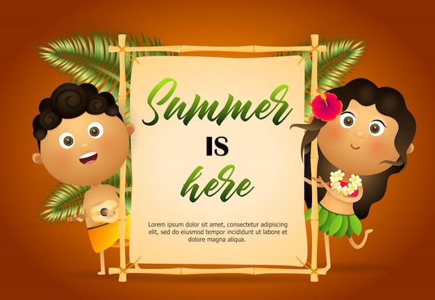 O verão é aqui flyer. garota havaiana e cara Vetor grátis