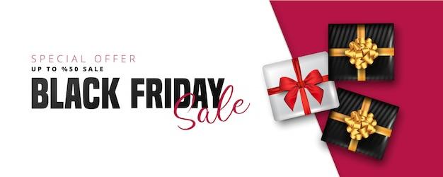 Oferta de 50% de desconto para letras de venda sexta-feira negra, caixas de presente branco e preto ao redor em branco e vermelho. pode ser usado como cartaz, banner ou modelo. Vetor Premium