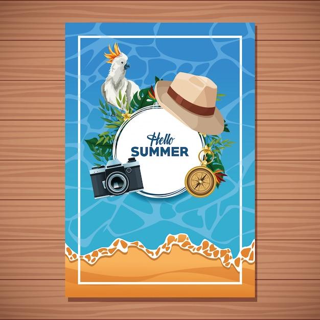 Olá cartão de verão em fundo de madeira Vetor grátis